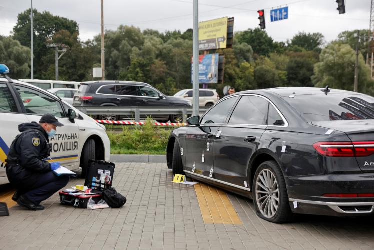 Conselheiro do presidente da Ucrânia é alvo de atentado a tiros