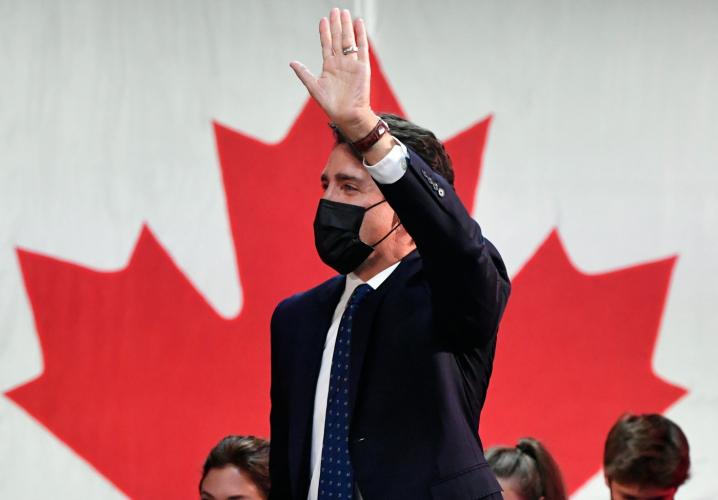 Primeiro-ministro do Canadá tem vitória em eleição antecipada