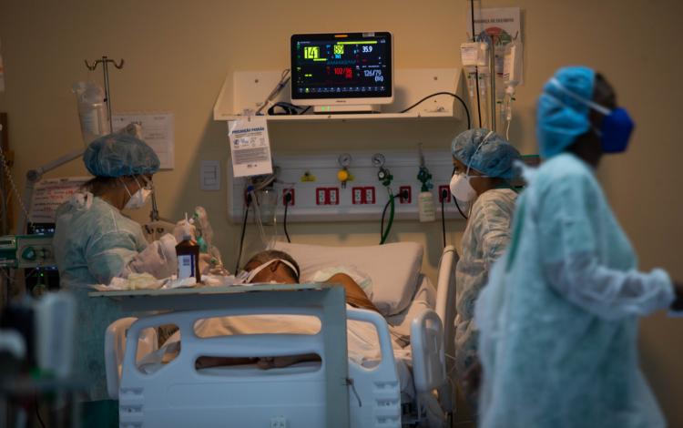 Na pandemia, expectativa de vida tem maior queda desde a Segunda Guerra Mundial, aponta estudo