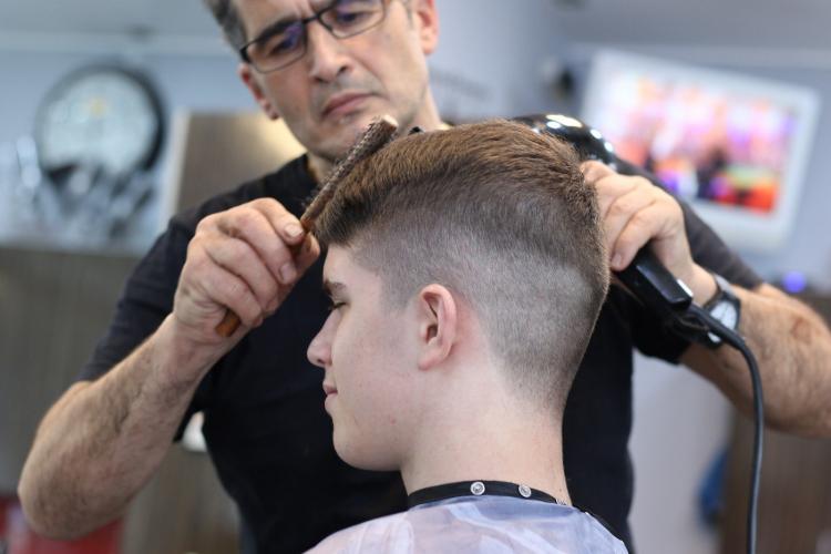 Homens mudam percepção de cuidados e buscam novos serviços de estética