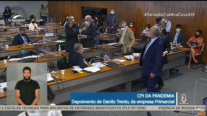 Renan critica governo, Jorginho rebate e senadores batem boca