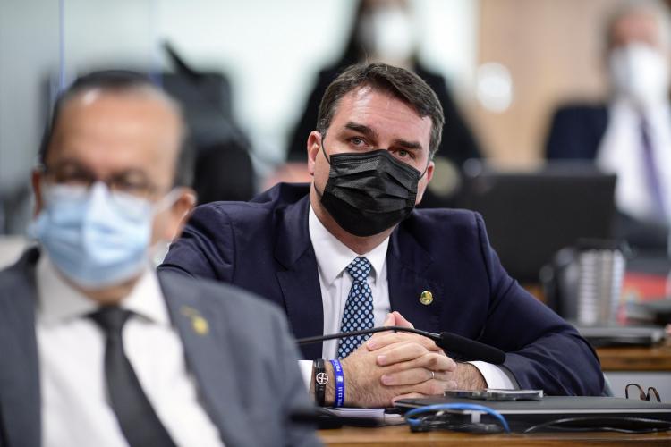 STJ adia novamente julgamento envolvendo Flávio Bolsonaro no caso das 'rachadinhas'