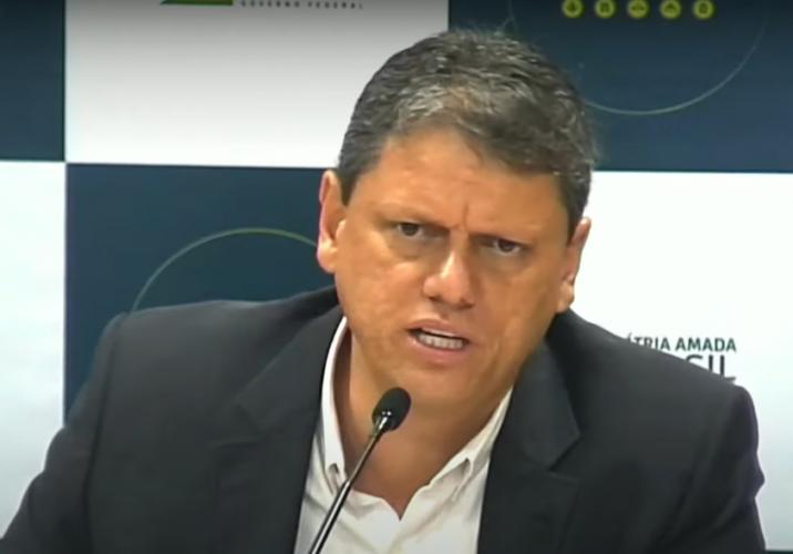 Tarcísio de Freitas anuncia expansão ferroviária com iniciativa privada: 'Alcance do futuro'