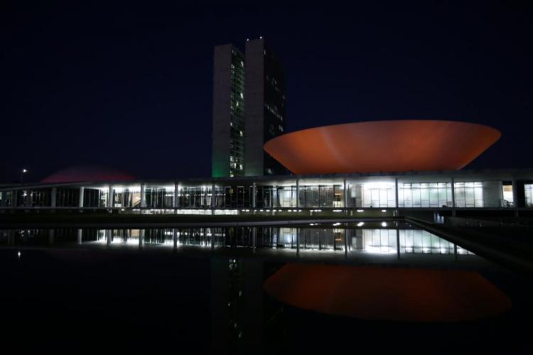 Congresso derruba veto de Bolsonaro a lei que proibia despejos durante a pandemia
