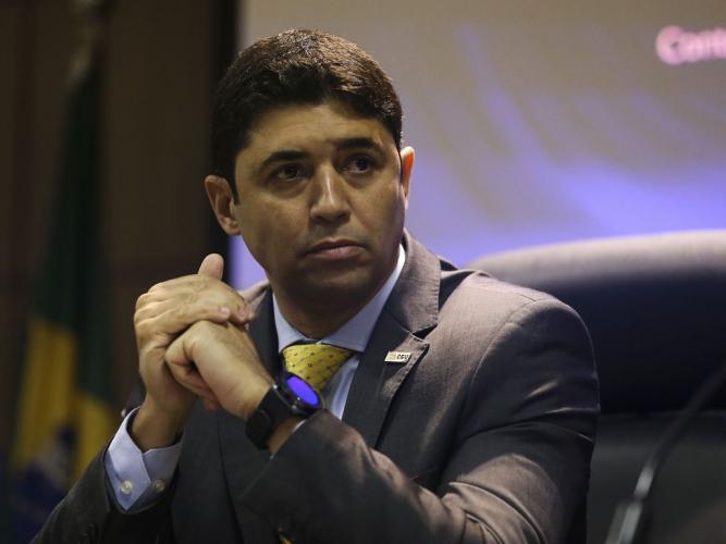 Rosário diz que CGU foi acionada sobre caso Precisa apenas em agosto deste ano