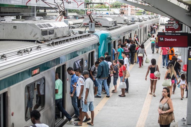 Furtos de cabos provocaram mais de 800 interrupções nos trens do Rio no 1º semestre do ano